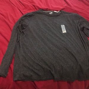 Gray Old Navy soft washed long sleeved shirt